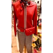 Bomberjacke mit roter Tasche von Iris Horbach